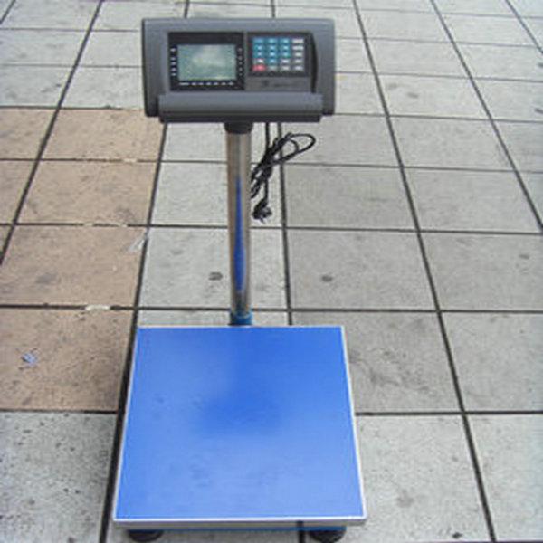 《》台秤价格  (4)电子台秤内部使用的是高运算a/d和单片机电路,为使